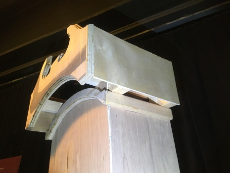 Split Pediment